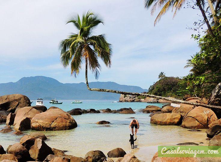 """Quem conhece a Ilha Grande, em Angra dos Reis, no litoral sul do Rio de Janeiro, sabe que o lugar é umrefúgio para os amantes da natureza. Cercada porpraias estonteantes como a praia de Lopes Mendes e a Lagoa Azul (eleitas entre as 10 praias mais lindas do Brasil), a Ilha Grande encanta a todos...<br /><a class=""""more-link"""" href=""""https://catracalivre.com.br/geral/viagem-acessivel/indicacao/praia-do-aventureiro-um-paraiso-em-ilha-grande/"""">Continue lendo »</a>"""