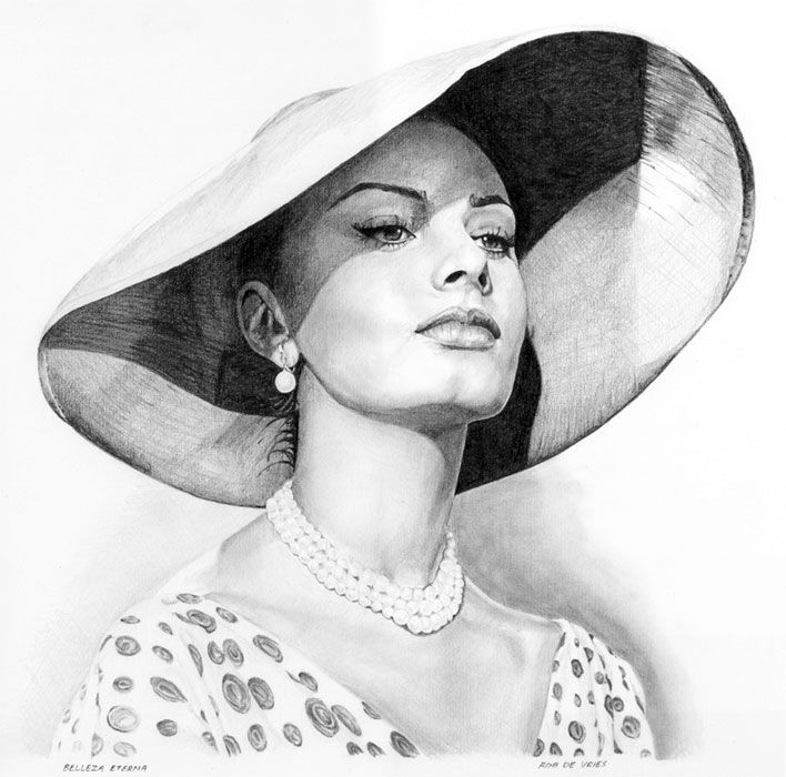 My latest drawing of Sophia is finished! Bellezza eterna Pencil on drawing paper, 30 x 28 cm.  www.realistischekunst.com