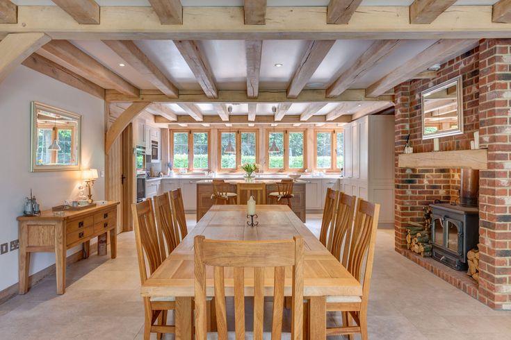 Dining room ideas from Welsh Oak Frame. #diningrooms #diningroomideas #oakframe #oakbeams