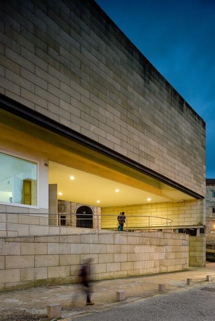 Centro Galego de Arte Contemporânea   Art Centre  S. Compostela - 1993   © Fernando Guerra, FG+SG Architectural Photography