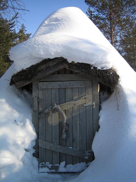 turf hut - Lapland, Finland
