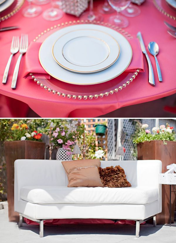 love this plate setting under a gold table cloth