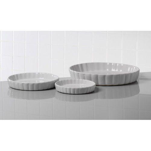 Vi har masser af varer fra AIDA bestik og porcelæn til billige priser  Køb f.eks. Aida 3-dele tærteform fade Aroma Gastronomi - 79348
