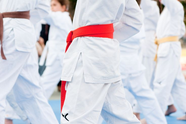 Dal 15 ottobre il nuovo corso di kung Fu per bambini, ogni mercoledì alle ore 17. Particolarmente adatto ai giovani, senza distinzione di sesso, che imparano una disciplina indirizzata a una consapevolezza di sé, del proprio corpo e della presenza mentale e fisica nello spazio e con il mondo circostante. http://www.spazioaries.it/Upload/DynaPages/kung-fu.php