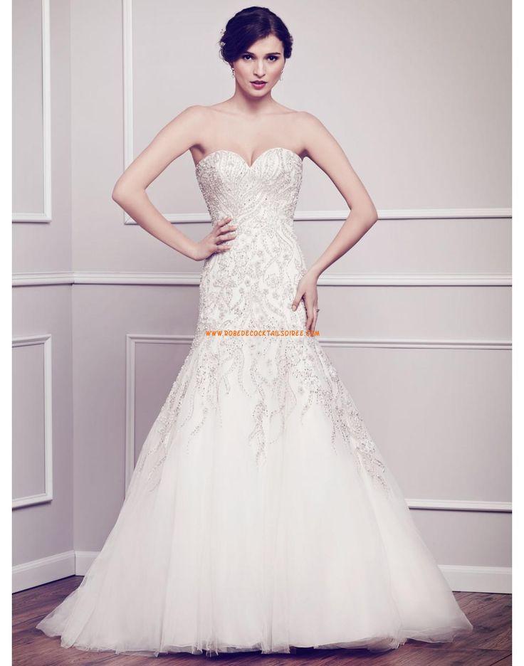 Robe de mariée sirène col coeur tulle perles