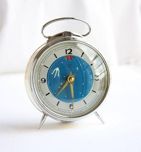 Vintage Table Clock Moving Space Rocket 1950s Sputnik