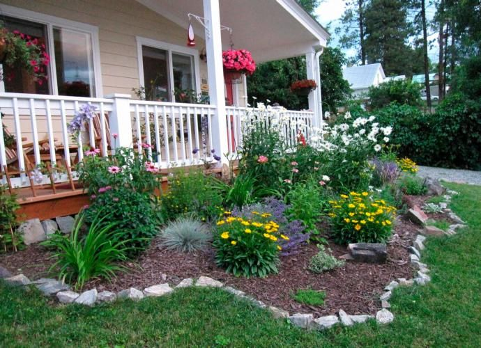 Easy care front yard landscaping google search my for Easy care front gardens