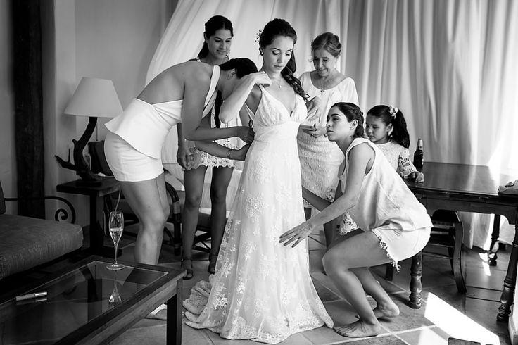 Gorgeous latin bride getting some help from friends. Lace Wedding Dress, Beach Wedding, Beach Bride, Destination Weddings, Getting Ready, Bride, Novia, Wedding Day, Tulum, Mexico