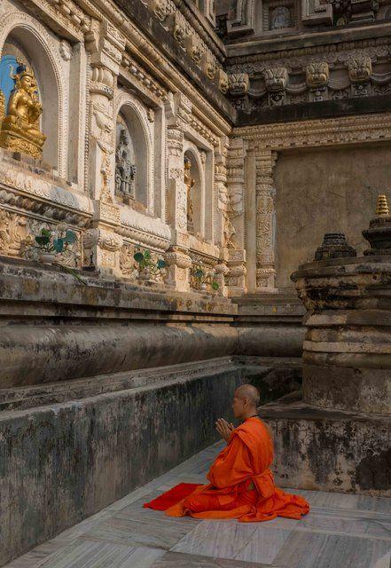 Nicholas Vreeland - Bodh Gaya Prayer, Photograph