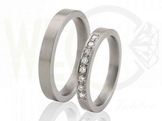 Obrączki z tytanu z brylantami/ Wedding rings made from titanium with diamonds/ 1 871 PLN #weddingrings #wedding #jewellery