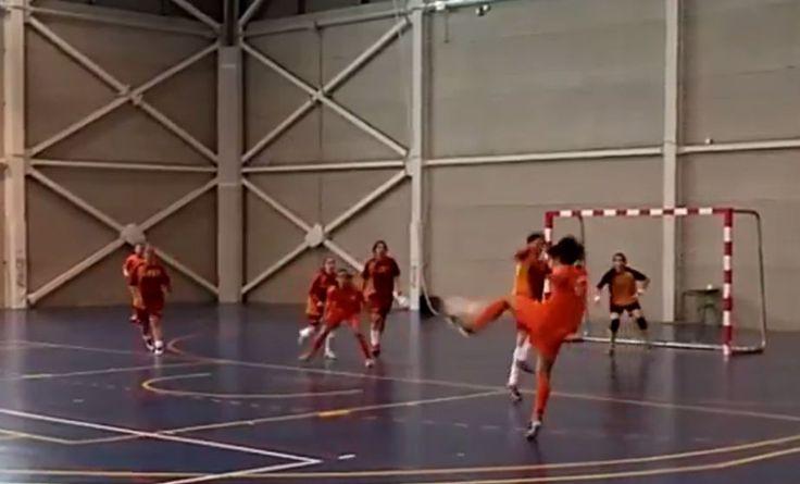 Resultados del Campeonato Autonómico de Deporte Universitario: Campeonas en fútbol sala femenino ¡¡Enhorabuena!! #CADU Imágenes de @serveiesports