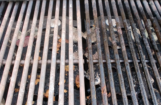 Easy trick for cleaning BBQ Grills.