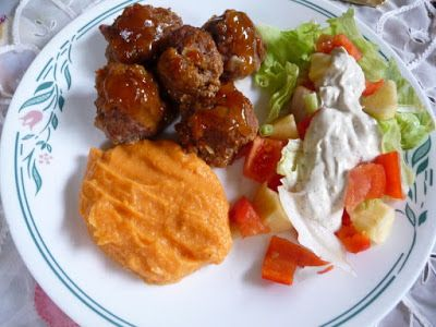 TRY THESE: SPLENDID LOW-CARBING          BY JENNIFER ELOFF: SMOKEY MOUNTAIN MEATBALLS