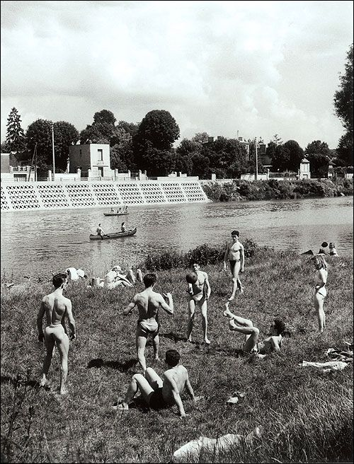 Les bords de Marne / photographe Willy Ronis