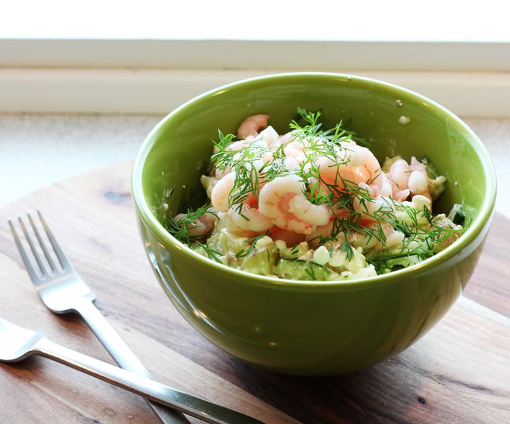 Potato salad with cottage cheese and shrimps