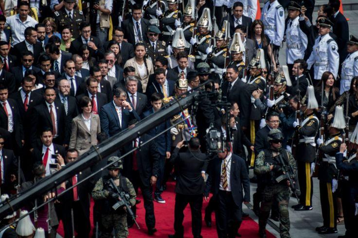 Lágrimas de Cocodrilo - EX president Rafael Correa leaves his charges after ten painful years.