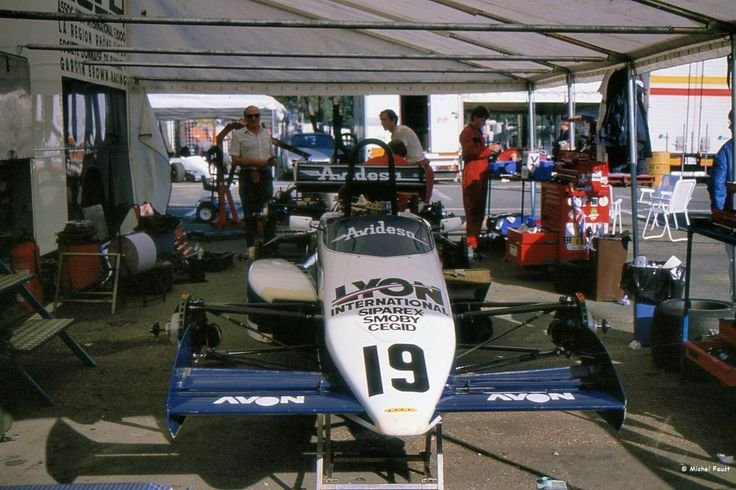 Pascal Fabre's works Lola T86/50 Cosworth DFV - F3000 1986