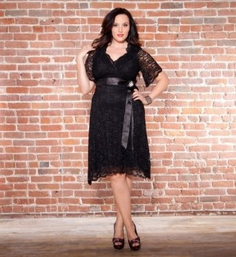 Retro Glam Lace Dress REVIEW