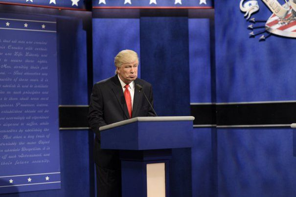 Alec Baldwin & Kate McKinnon Break 'SNL' Character, Implore Voters