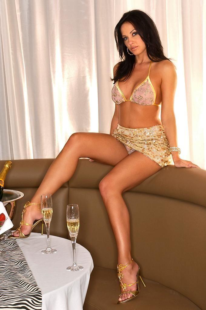 Tiffany Fallon Nude Photos 30