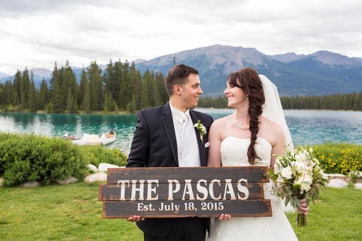 Cute, rustic wedding sign (Deep Blue Photography)