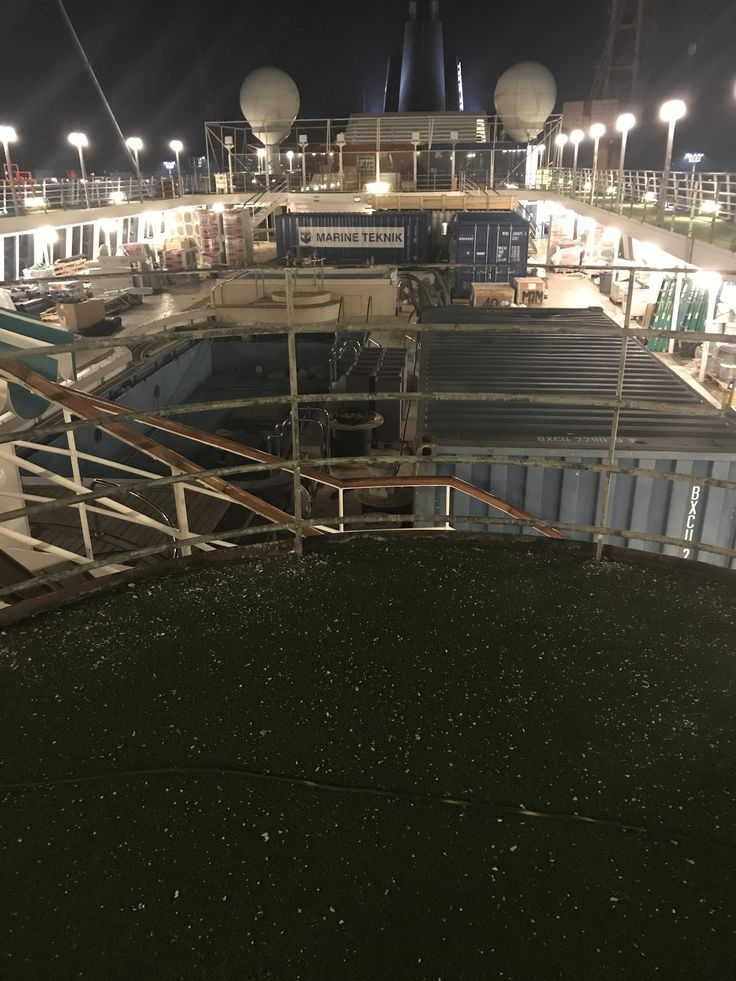 A cruise ship under going renovation (pool deck)