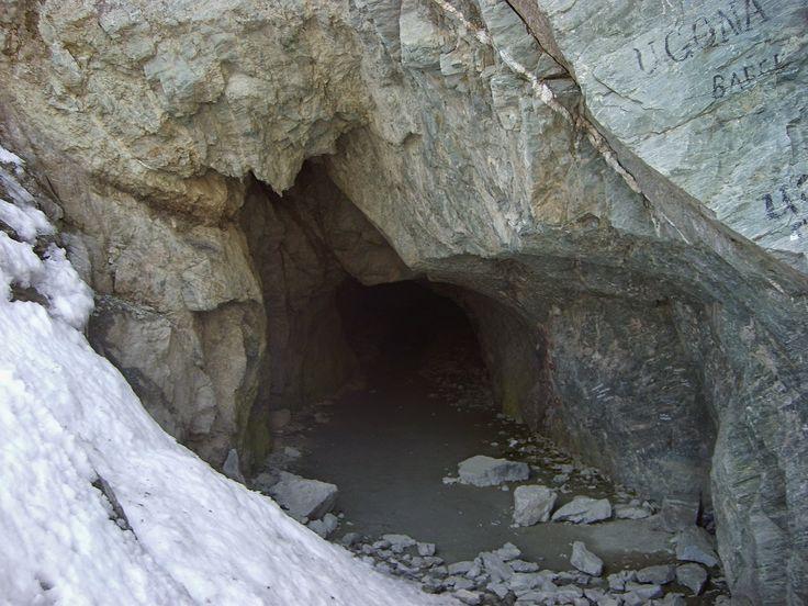 Riapre oggi il Buco di Viso, primo traforo alpino della storia, realizzato nel 1480 nel gruppo del Monviso
