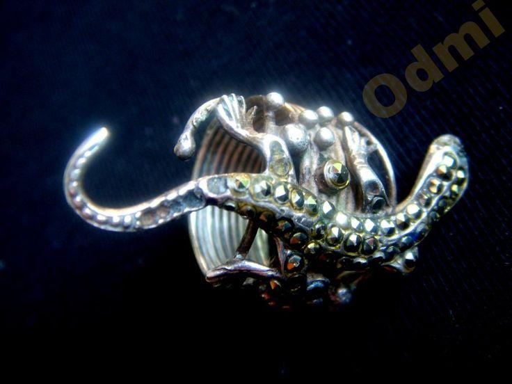 Необычное кольцо змейка марказиты серебро 18 р-р