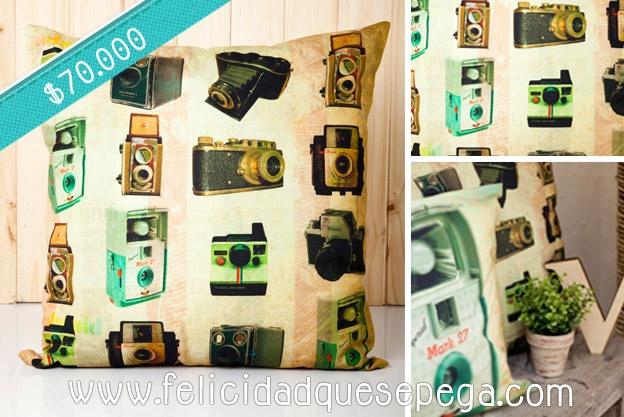 """Cojín """"Collage Camaras"""" de nuestra nueva colección"""