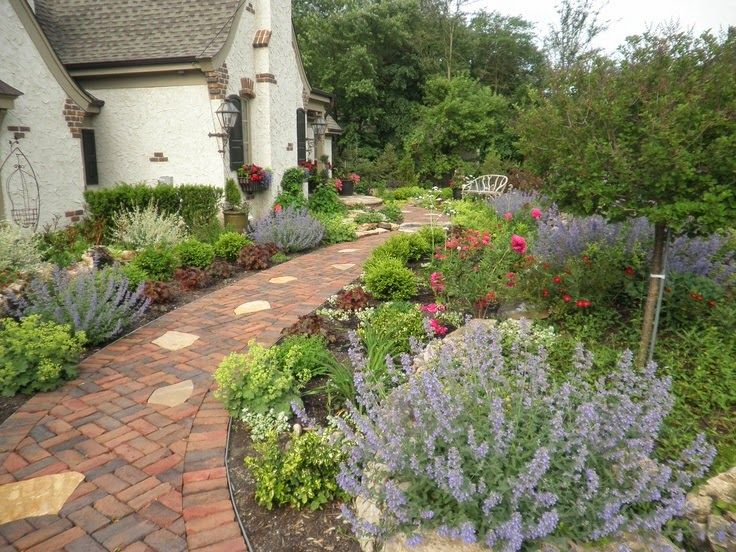 287 best GaRdEn BeD bOrDeRs images on Pinterest Flowers