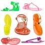 LE PLASTIQUE C´EST FANTASTIQUE!                         Sandale nu-pied en plastique Michael by Michael Kors - Marie Claire
