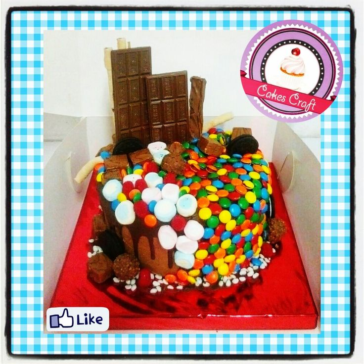 Candy Ramdom Cake! Torta Dulces Surtidos / CID - 582 #tortatematica #barranquilla #cakestagram #uniautonoma #uniatlantico #uninorte #unilibre #unimetro  #hbd #cumpleaños #CakescraftKeados #cakeboss #cupcakewar #cakescraftbq #airsoft #halamadrid #jamesrodriguez10 #collagecostacaribe #enchufetv #aotronivel #rapcaribe #lunes #weekbegins #monday #barranquillalovers #candy #dulces #somosregioncaribe #velitas #copaaguila