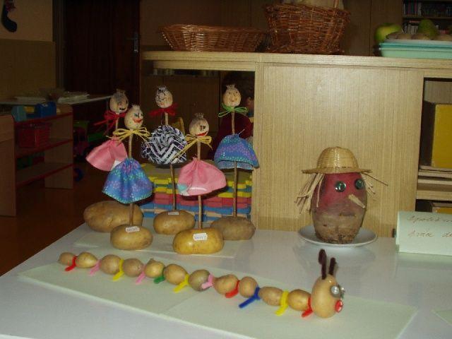 Výrobky dětí - bramborové stonožky amakové panenky