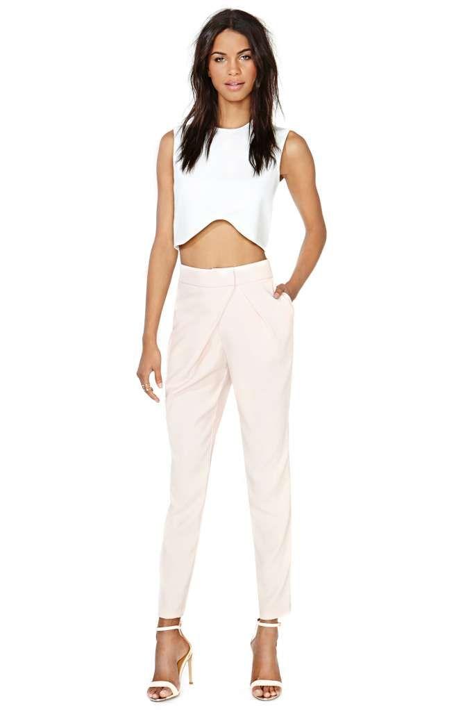 Finders Keepers Walk Away Pant.             Blush pants w/white crop top
