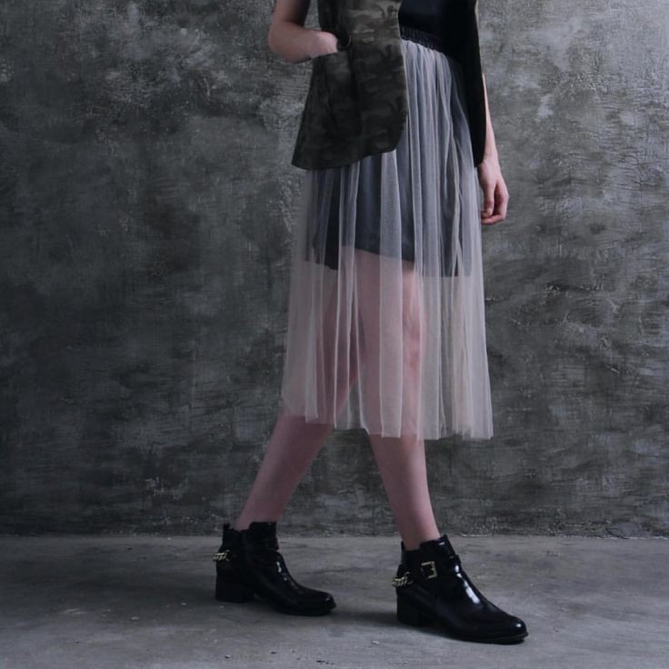 Closer look to our Prue tulle skirt.