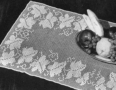 Trailing Vines Runner by Free Vintage Crochet