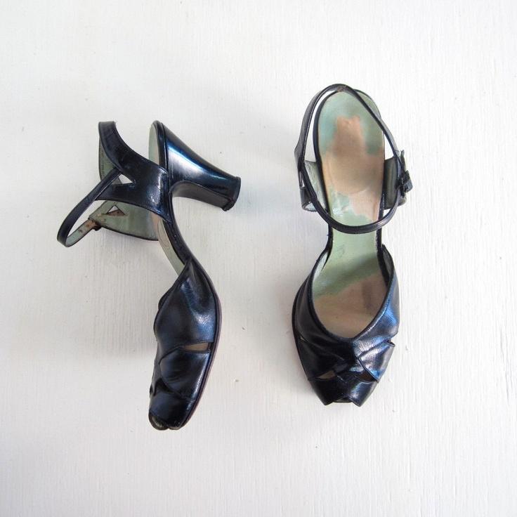 1940s Shoes 8 / Vintage 40s Heels / Art Deco Shoes / Black Peep Toe Heels / Size 8