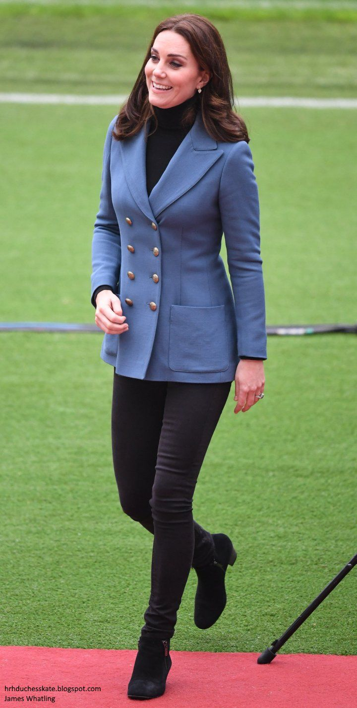 Philosophy blue blazer, Kiki heart yellow gold and diamond earrings, Russell & Bromley ankle boots 10/18/2017