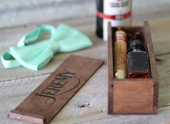 Groomsmen Gift Wood Box, Groomsman Cigar Gift Box, Best Man Whiskey Cigar Box, Will you be My Groomsmen Gift, Laser Engraved