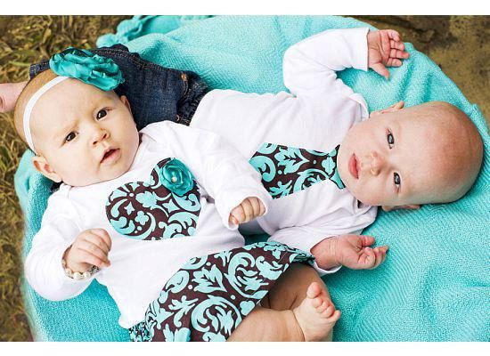 Love these matching outfits for twins! Thinking of getting it my coworker who's having boy and girl.