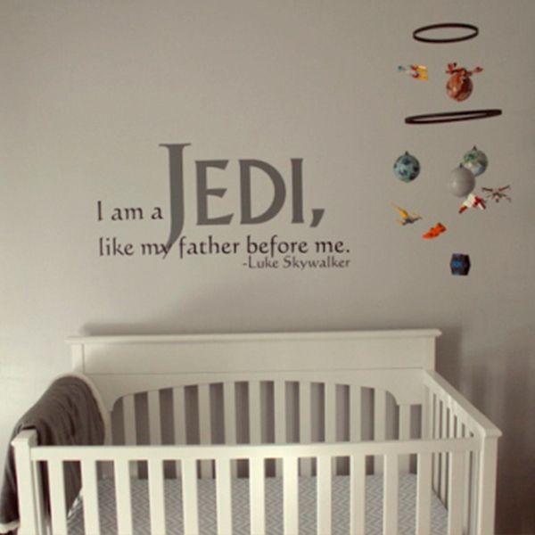 Mostre que a força está na sua casa! Fazer uma decoração Star Wars pode ser algo bastante acessível, basta um pouco paciência, jovem padawan...