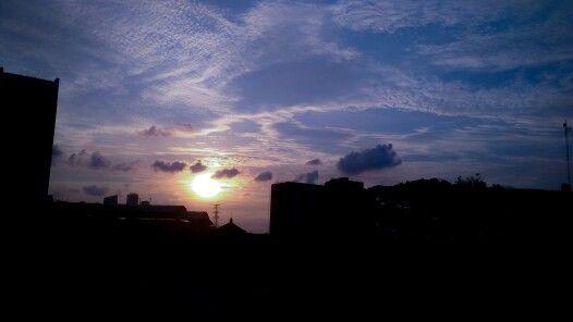 Mengejar senja Ibu kota #landscape #xiaomiphotograpy #mi4i #ibukota #jakarta #soreini