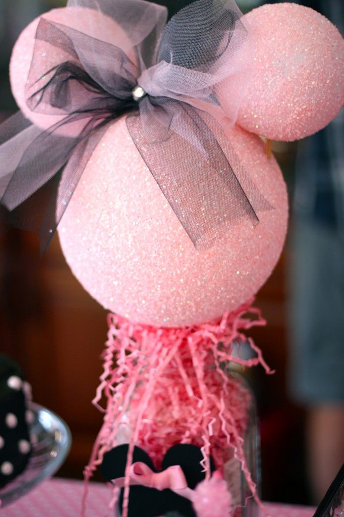 Cute pink glitter Minnie
