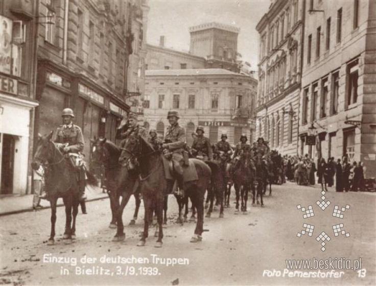 Bielsko - Niemieccy żołnierze na Wzgórzu. The entry of German troops to Bielsko. September 1939