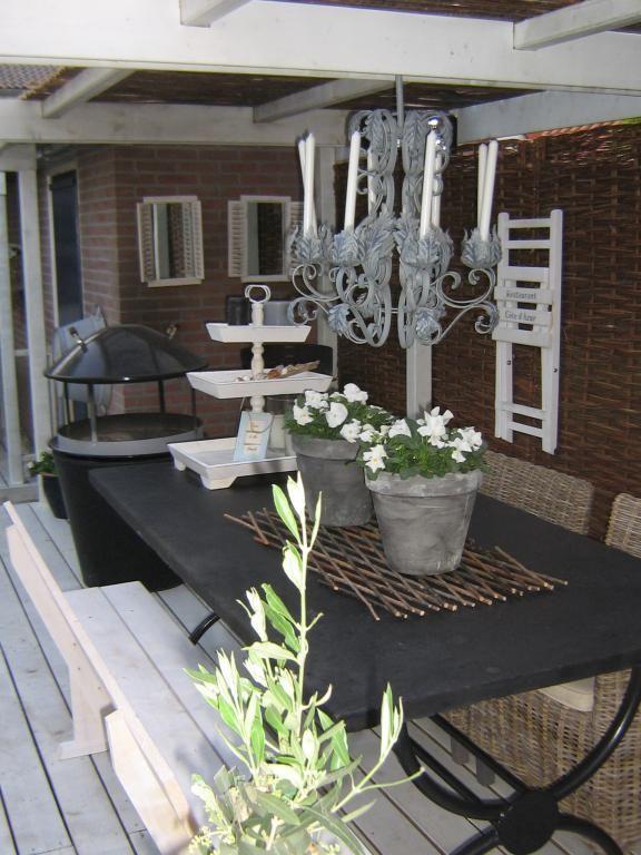 Veranda tuinhuis garden pinterest tuinen achtertuinen en tuin - Decoratie binnen veranda ...