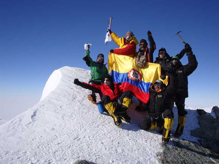Cumbre del Macizo Vinson, 2013 - Colombia en el mundo