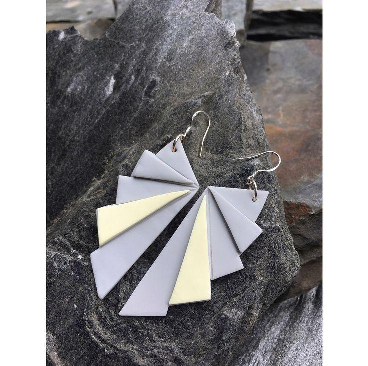 Origami fan earrings   Origami viuhka korvakorut  made by CherryAnn Suomalaista käsityötä/ Made in Finland www.madebycherryann.com Instagram @madebycherryann Facebook Made by CherryAnn