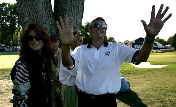 Angie Everhart Photos - European team player Colin Montgomerie meets up with model and actress Angie Everhart during the afternoon foursome matches at the 35th Ryder Cup Matches at the Oakland Hills Country Club on September, 18 2004 in Bloomfield Township, Michigan. - Angie Everhart Photos - 186 of 232