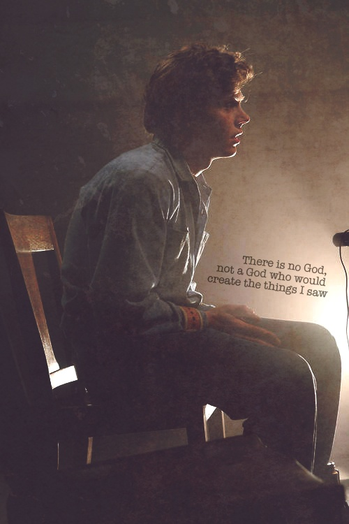 I don't know, I'm only on episode 6, but I think that Kit is so sweet. I think I prefer him over Tate.