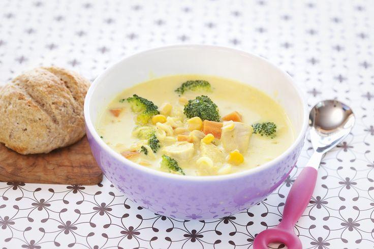 Kyllingsuppe: Suppe er alltid enkelt å ty til i en hektisk hverdag. Denne er smakfull og rask å lage selv.
